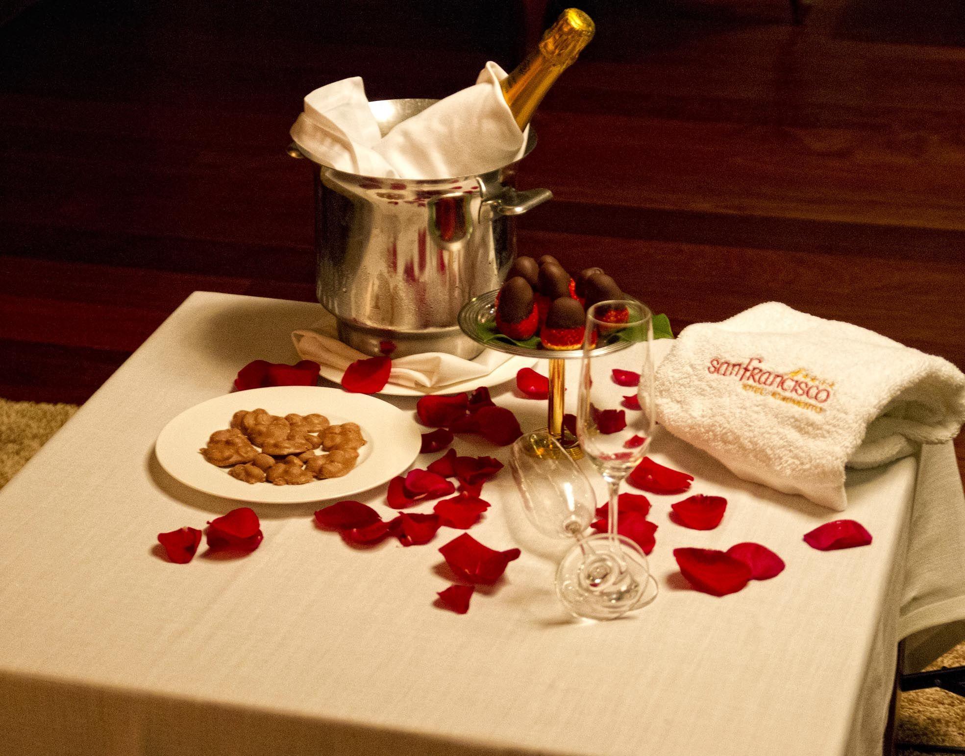 Detalle del hotel: Cava y fresas.