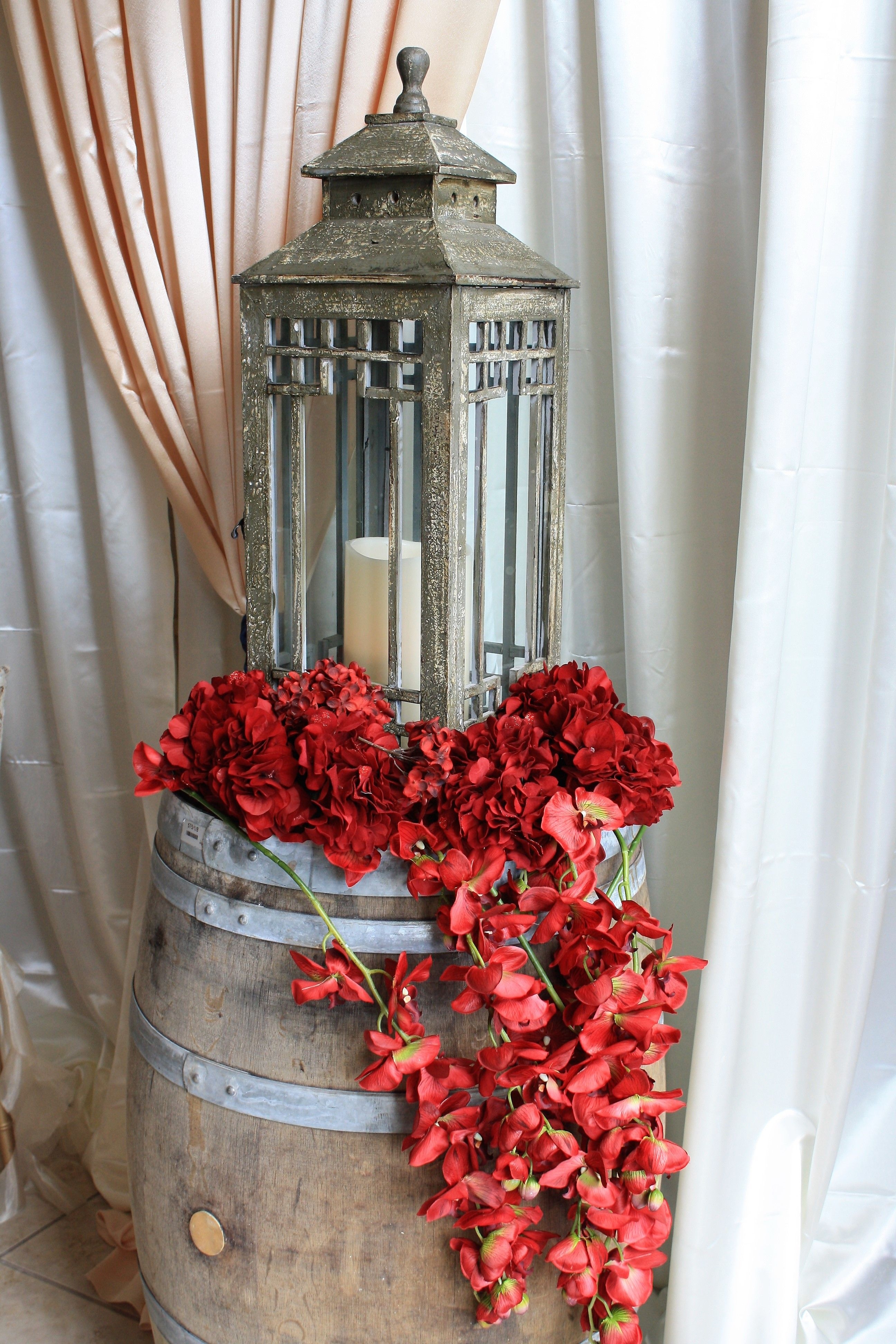 Rustic Decorated Barrel. Country Style Wedding Reception Ideas ...