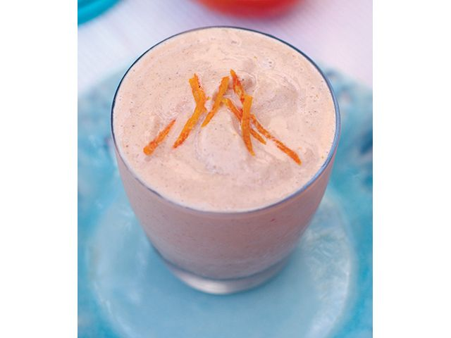 We can use one of these this afternoon - Creamy Orange #smoothie with orange juice, coconut ice and cashews.