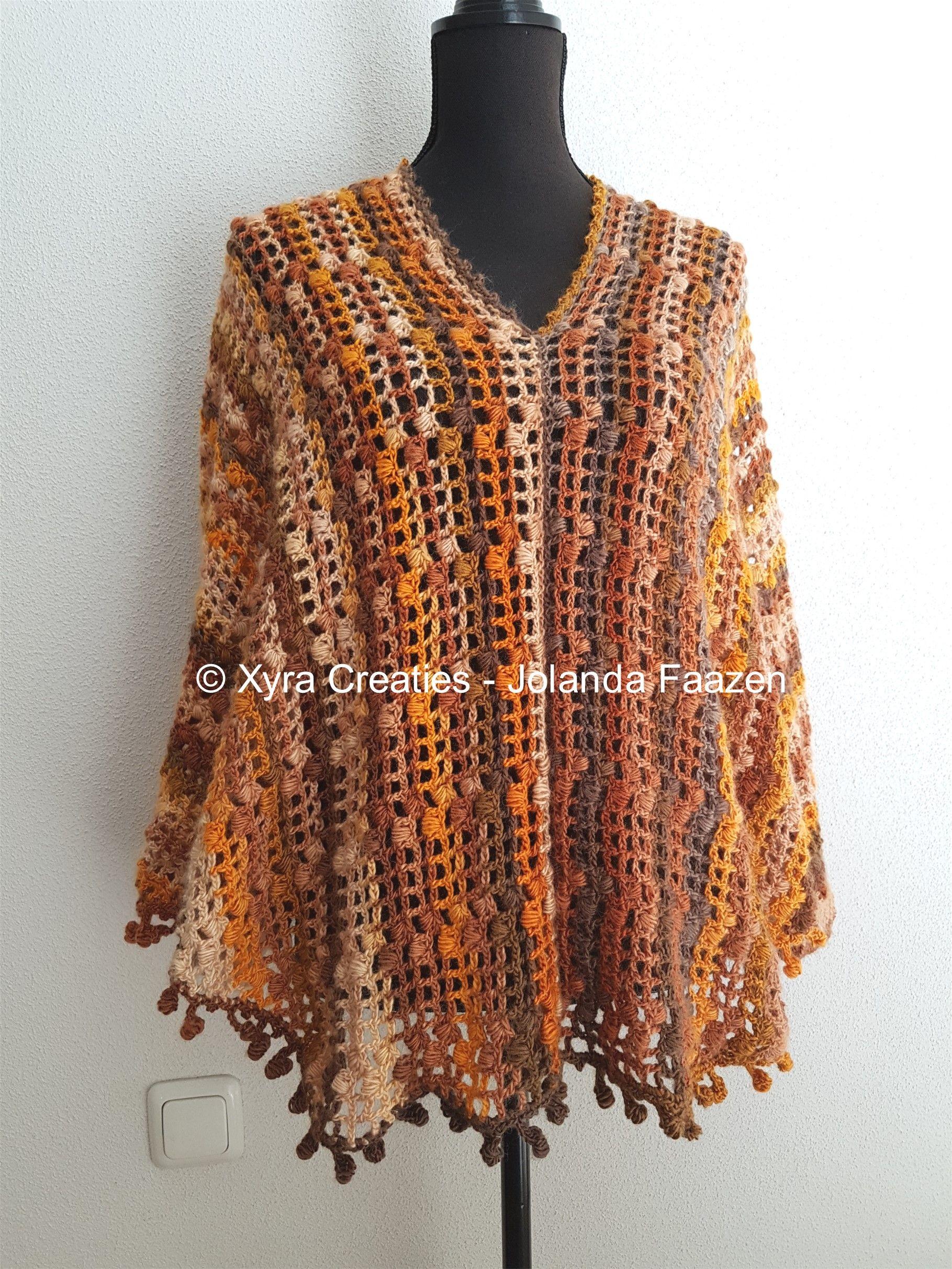 #PATR1085 #Omslagdoek #haakpatroon #patroon #haken #gehaakt #crochet #pattern #shawl #poncho #sweater # trui #shirt #swoncho #DIY #mouwen #sleeves Patroon (NL) is beschikbaar via: Pattern (English-US) is available at: www.xyracreaties.nl www.ravelry.com/stores/xyra-creaties www.etsy.com/shop/XyraCreaties