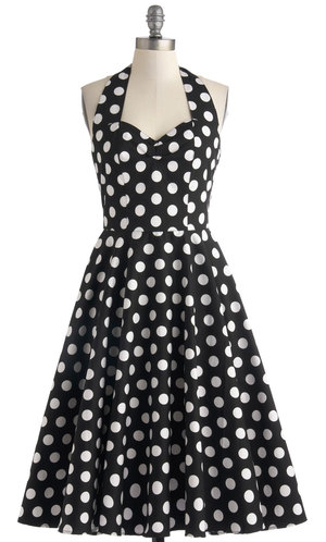 Lovely Dot Dress http://rstyle.me/n/bwt37r9te