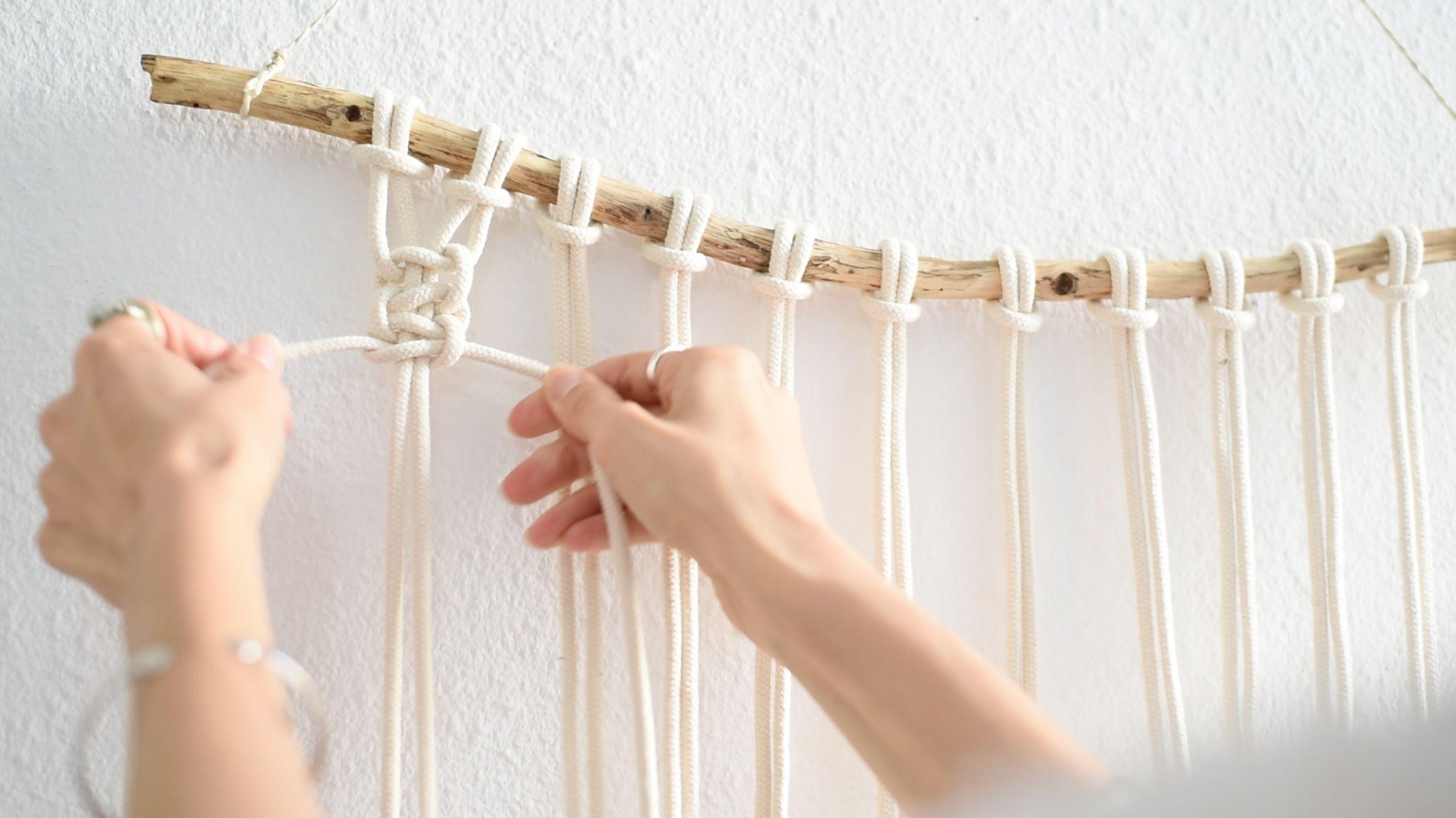 Interior Super Easy Diy Macrame Wall Hanging Tutorial Heylilahey Macrame Wall Hanging Tutorial Macrame Wall Hanging Macrame Diy