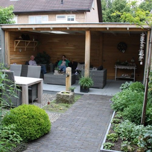 Small garden design by NovaTuinennl  tuin ideen in