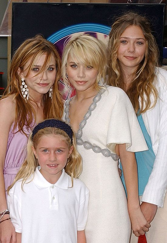 Mary Kate Ashley And Elizabeth Olsen Elizabeth Olsen Mary Kate Celebrities