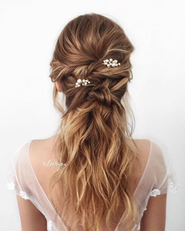 Epingle Par B C Sur Images Coiffure Longueur De Cheveux Coiffure Mariage Images Coiffure