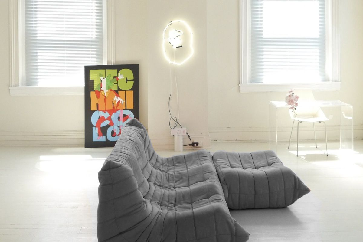8 Gifs That May Convince You To Pick A Colorful Couch Colorful Couch Apartment Decor Home Decor Living room colors gif