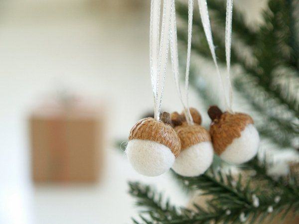 Diy Christmas Decoration Ideas Natural Materials Felt Balls