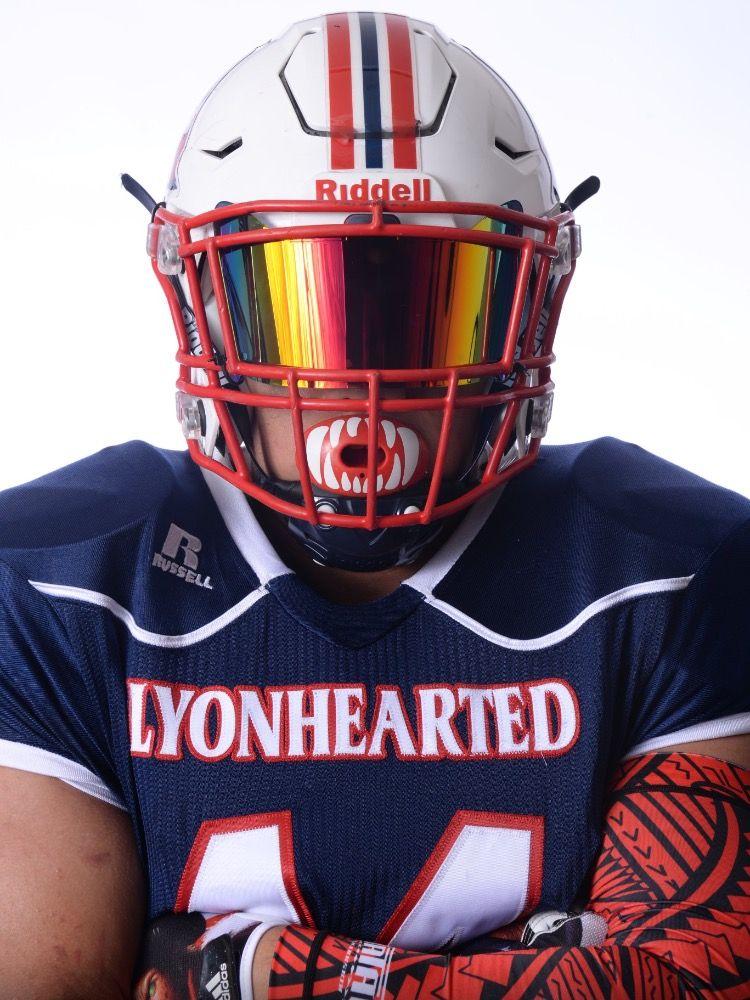 Shoc Red And Black Iridium Football Visor On A Riddell Speed Flex Football Helmet Football Helmets Football Helmet