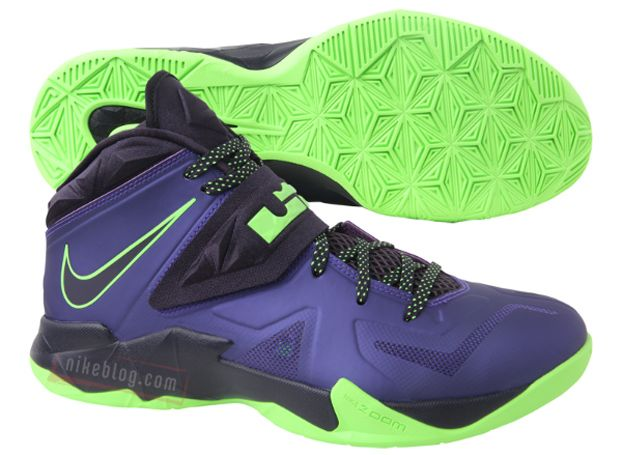 b34568c57ba9cc Nike Zoom Soldier 7 - Court Purple   Blueprint - Flash Lime ...