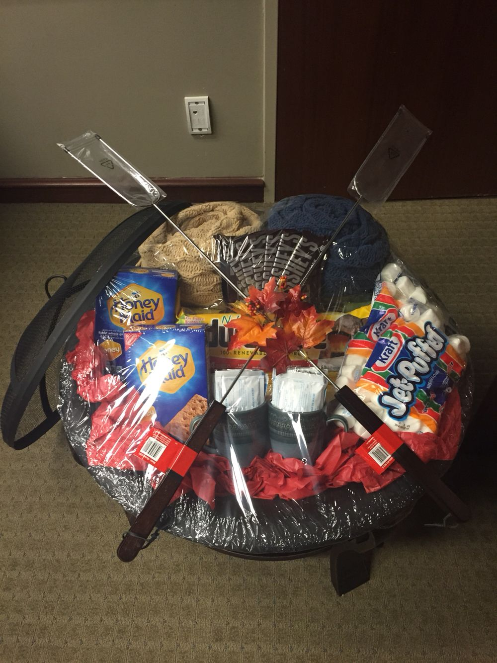 25 well-themed gift basket ideas for any ocassion | interact club