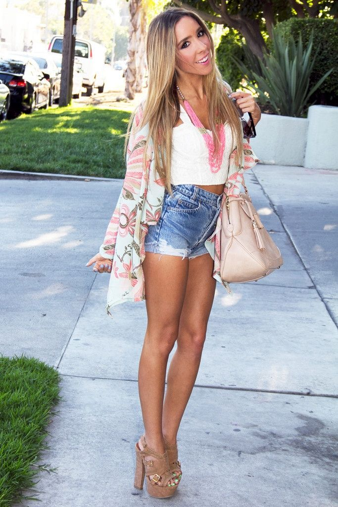 How to Dress Like a Hipster   Waisted denim, Shorts and Hipsters