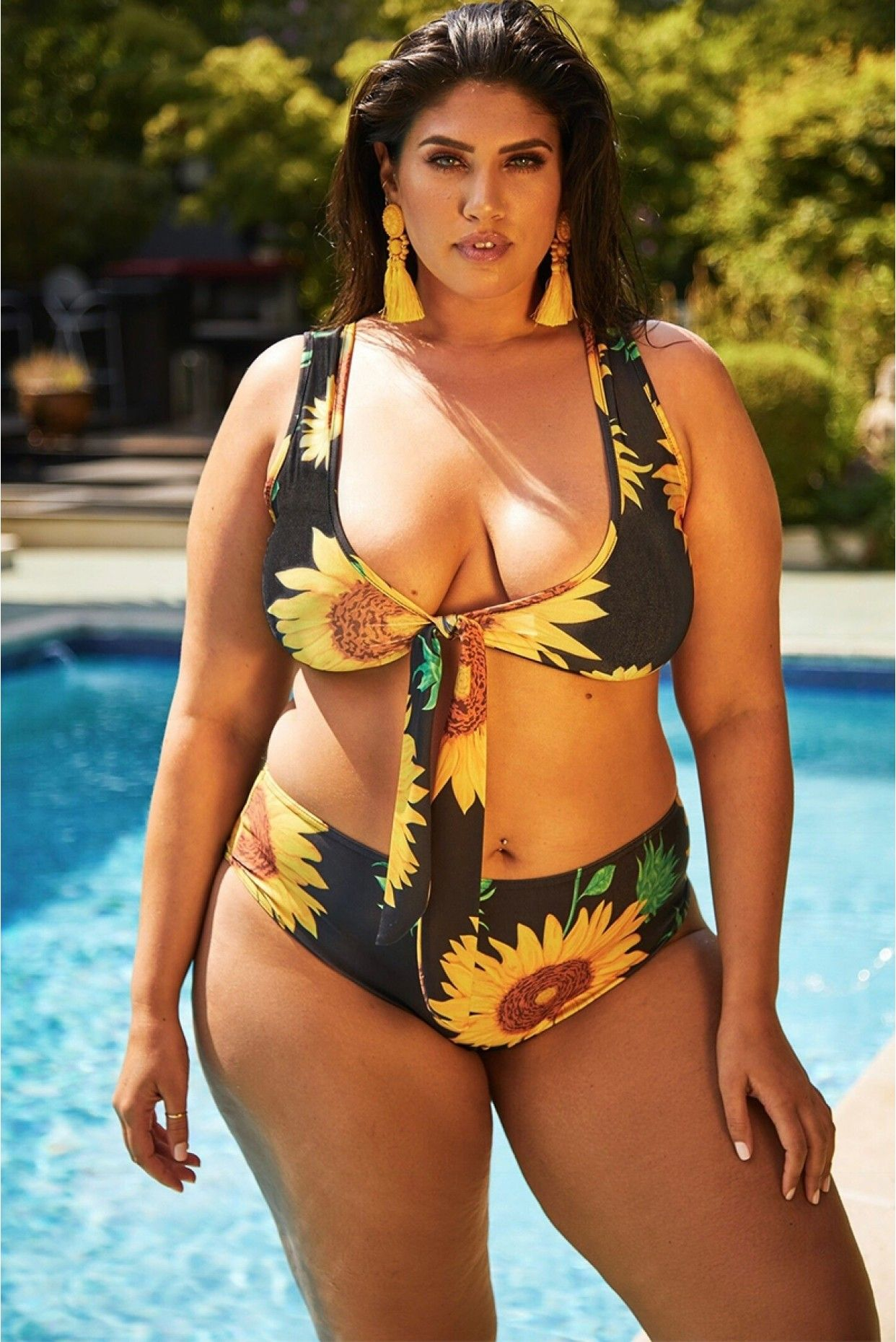 e60ad773980 Curvy Girl! Sunflower Bathing Suit | Fashionista | Curvy swimwear ...