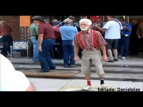Velhinho Dancando Artistas Danca Look E Musica