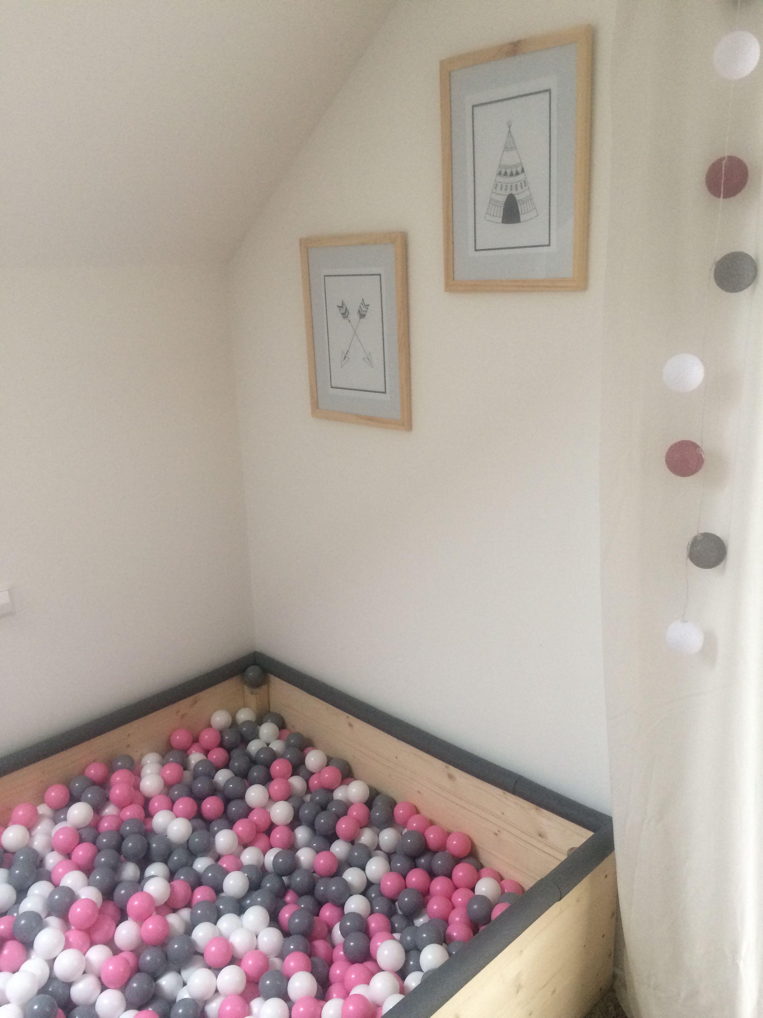 Kinderzimmer Bällebad Tipi Mädchenzimmer Pfeile Bilder