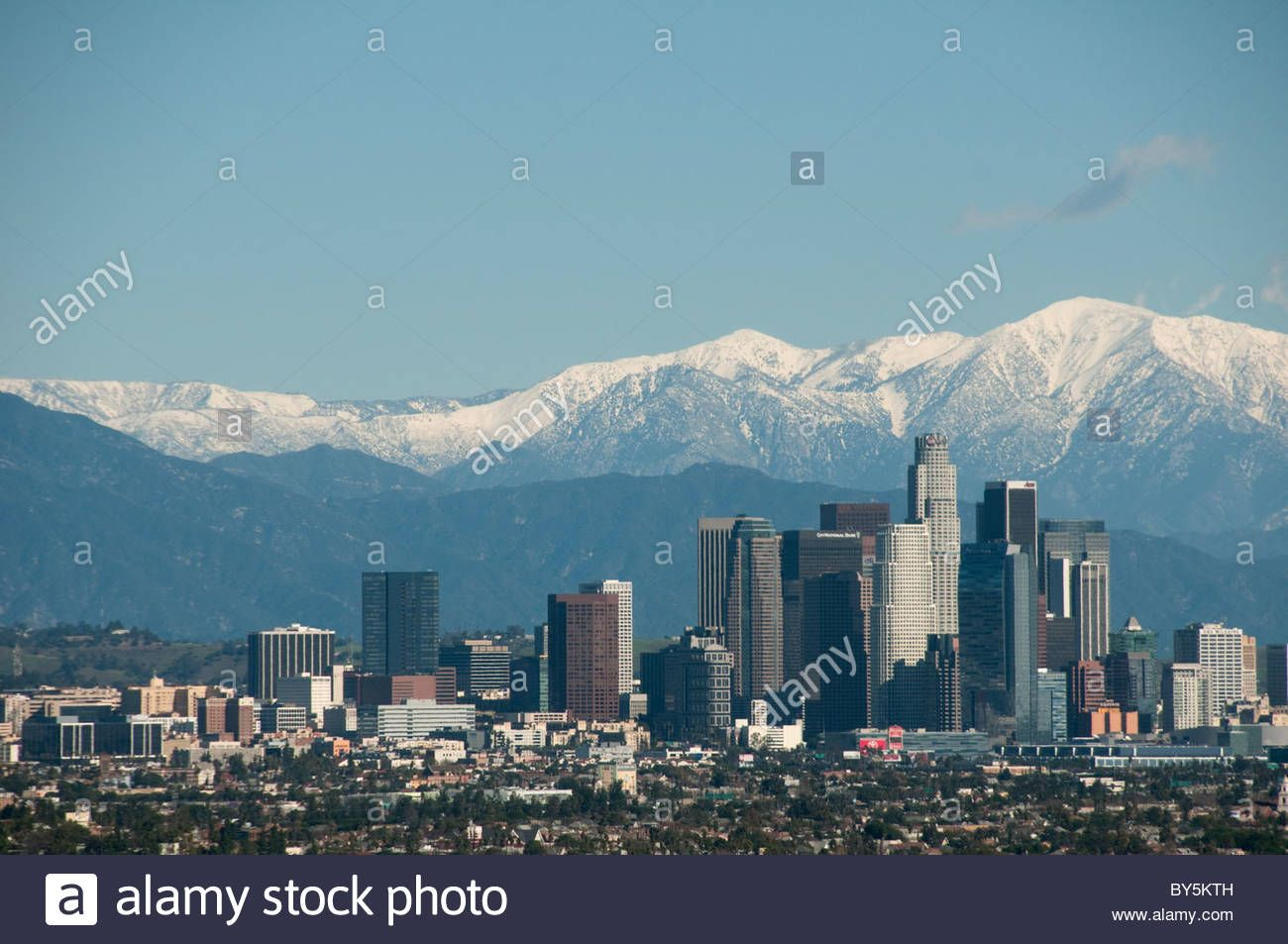 Downtown Los Angeles Skyline And Snow Capped San Gabriel Mountains Stock Photo 33931425 Alamy San Gabriel Mountains Los Angeles Skyline Skyline