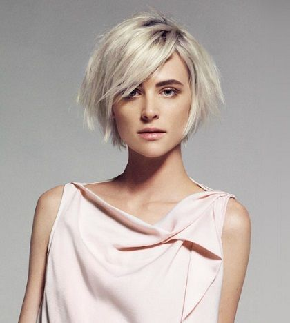 Nice Chin Length Bob With Thos Oval Face Hairstyles Asymmetrical Hairstyles Shaggy Bob Hairstyles