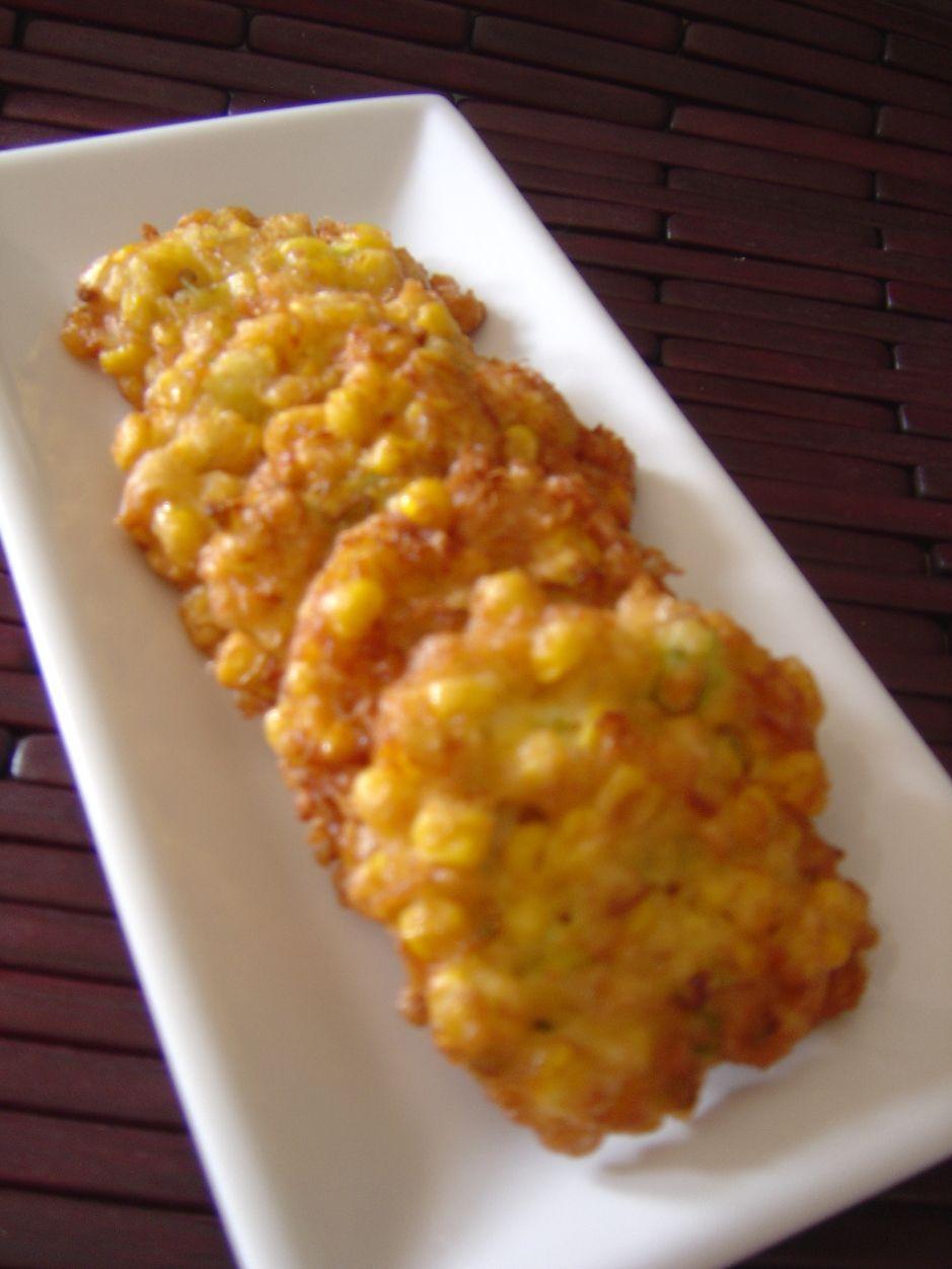 Munching Some Bakwan Jagung Deep Fried Corn Fritters Corn Fritters Fried Corn Corn Dishes