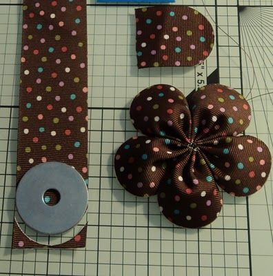 Rounded End Five Petal Flower --A new twist on ribbon flowers