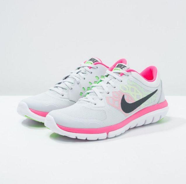 sale retailer a9695 08b2f Nike Performance FLEX RUN 2015 Chaussures de running légères pure  platinum metallic hematite voltage green hyper pink