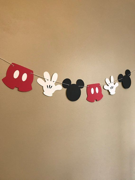 Photo of This Mickey Mouse accessory banner can be the perfect addition to any birthday p…