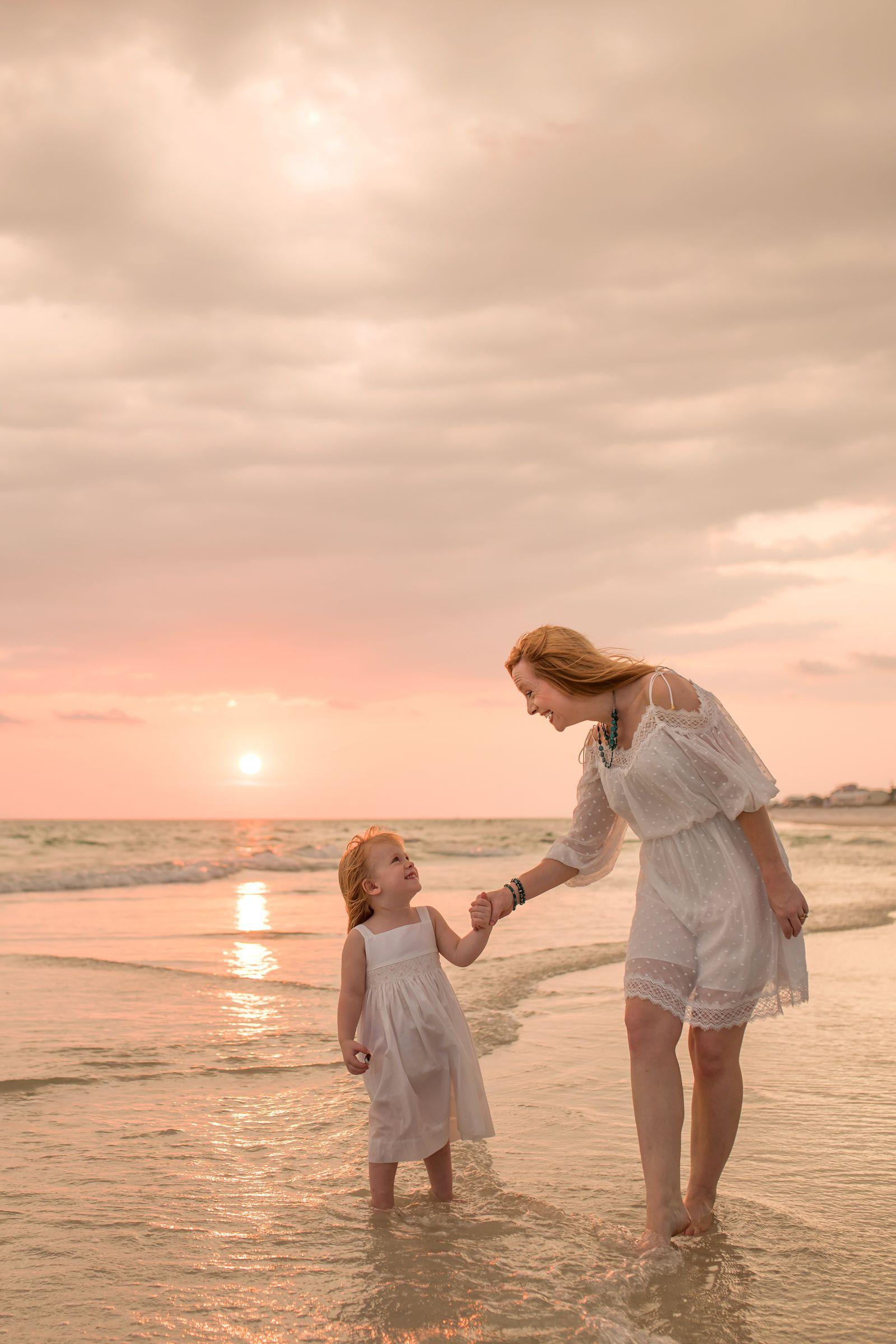 Beach Family Photographs - LJennings Photography | Family
