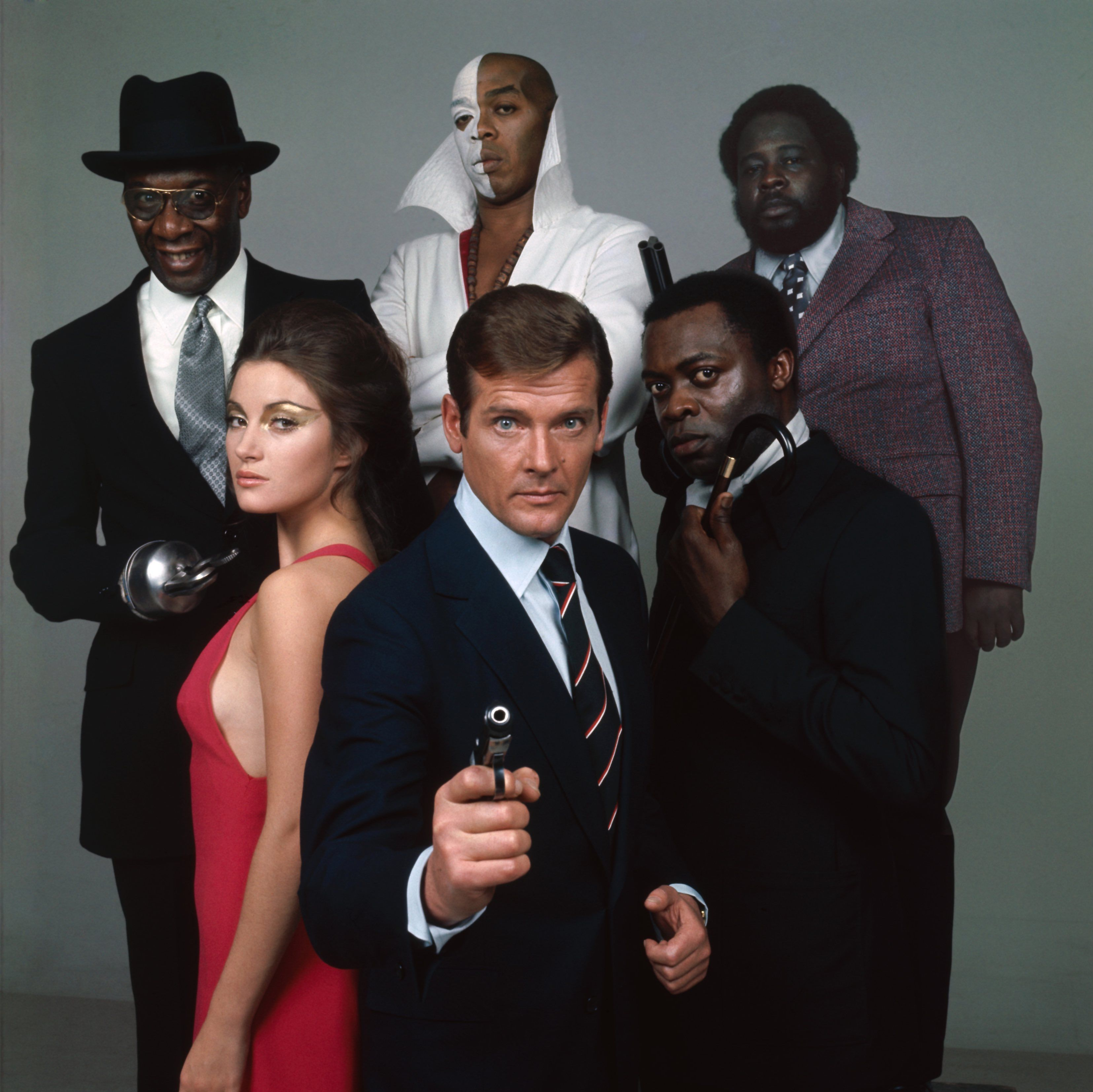 Bond Actor Roger Moore A Life In Pictures James Bond Movies