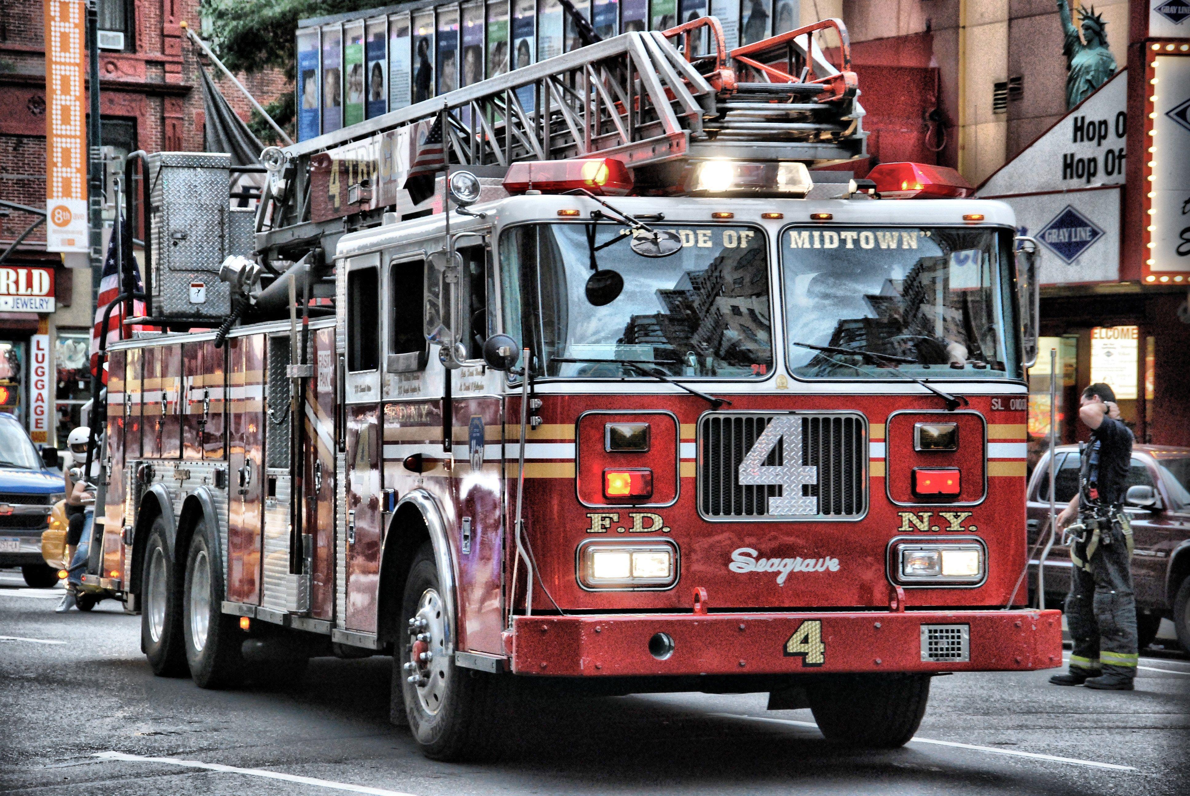 4k seagrave fire truck hd wallpaper (3872x2592) FDNY