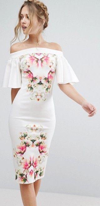 fa1120d27add42 Kalem Elbise Modelleri Beyaz Omzu Açık Düşük Fırfırlı Kol Desenli ...