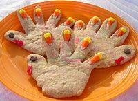 Turkey/Thanksgiving cookies for the kids to make. #handprintturkey