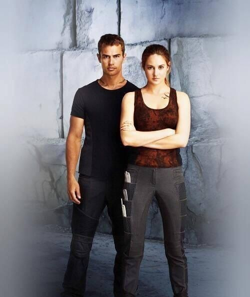 Tris (Shailene Woodley) and Four (Theo James) in Divergent movie