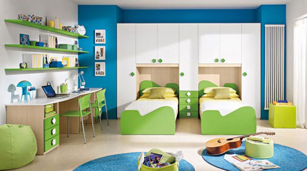 Wallpaper for girls bedroom 3 childrens bedroom for Bedroom ideas for 3 beds