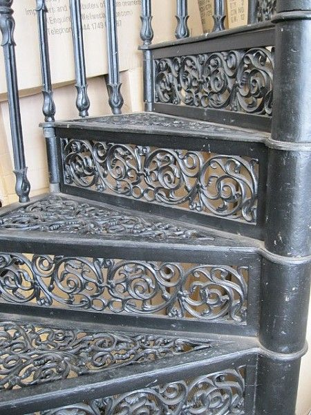 Lovely Cast Iron Spiral Staircase (Brunel)