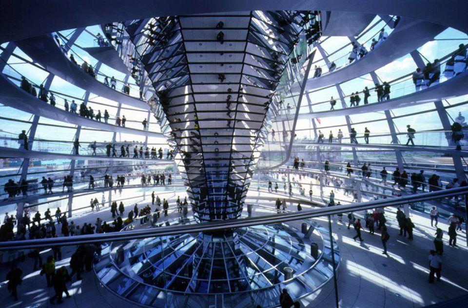 Deutsch Reichstag Berlin By Norman Foster Com Imagens Berlim