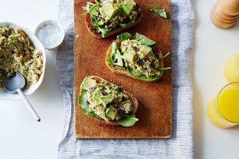 "Chickpea ""Tuna"" Salad Try it: www.teelieturner.com  #recipe"