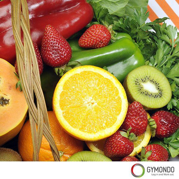 4. Vitamine C: Auch bei einer Erkältung sollte man viele Vitamine zu sich nehmen. Vor allem Vitamin C sagt man nach, dass es den Heilungsprozess um Einiges beschleunigen kann und dabei auch noch das Immunsystem stärkt. Vitamin C in hoher Konzentration findet man in Sanddornbeeren, Paprikagemüse, Broccoli, schwarzen Johannisbeeren, Stachelbeeren, Fenchel, Zitrusfrüchten, Kartoffeln, Kohl, Spinat und Tomaten.