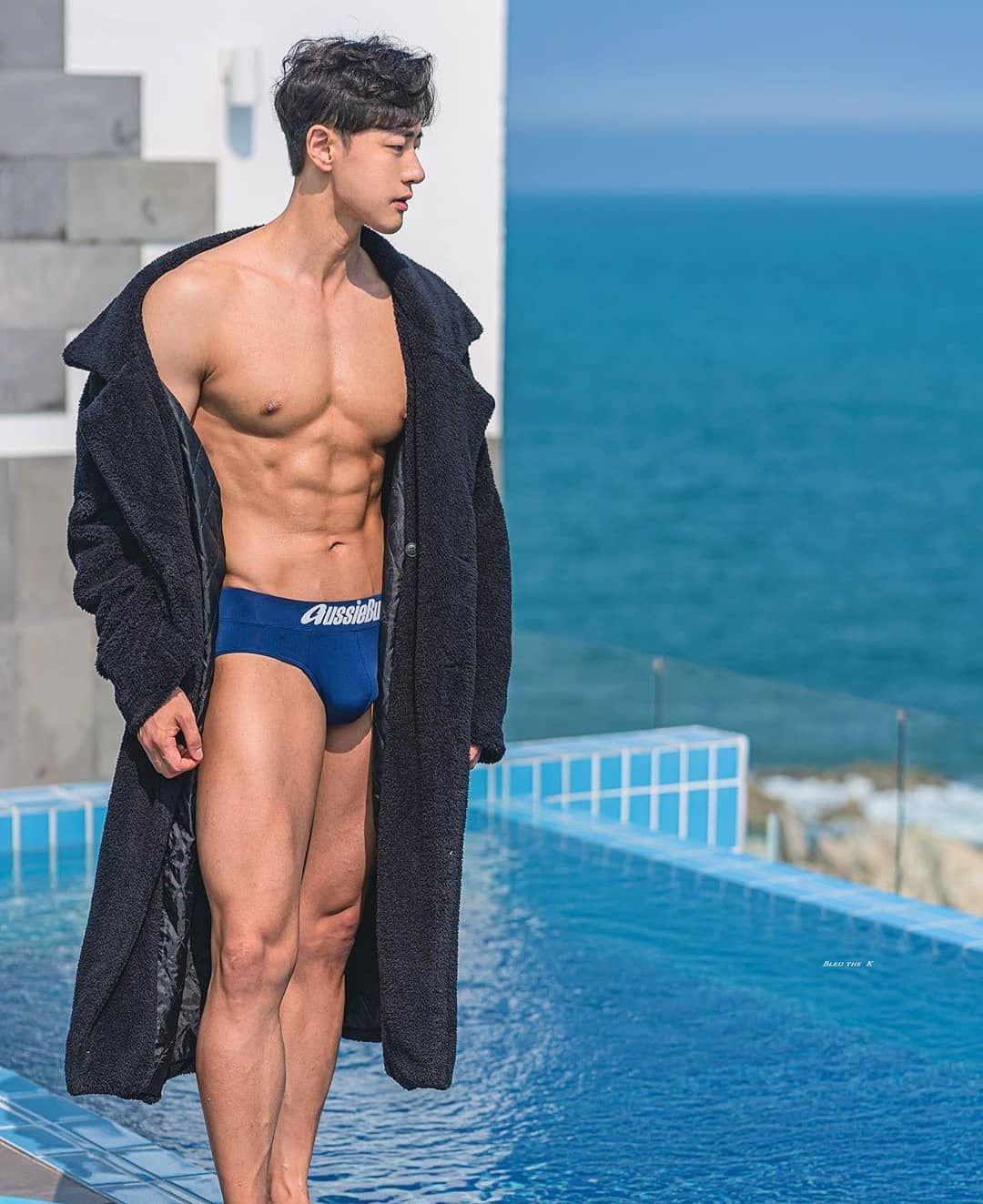 ", Hothunk Korea's Instagram profile post: ""? KOREAN HOT HUNK ?  Super Hot - @insaneaura by @bleu_the_k #fitnessmodel #model #fitness #hothunk #hothunkasia #abs #model #muscle…"", Hot Models Blog 2020, Hot Models Blog 2020"