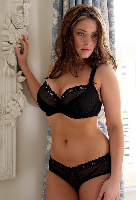 Erotic toned female bodies picture 208