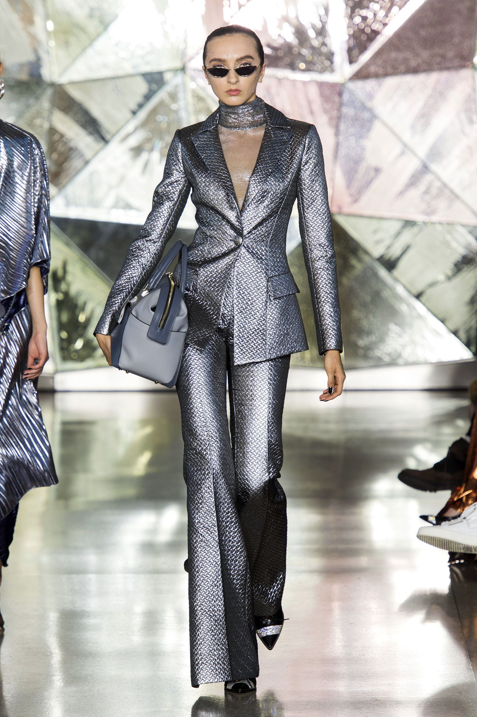 Abiti La tendenza dei nuovi pantaloni Moda 2019