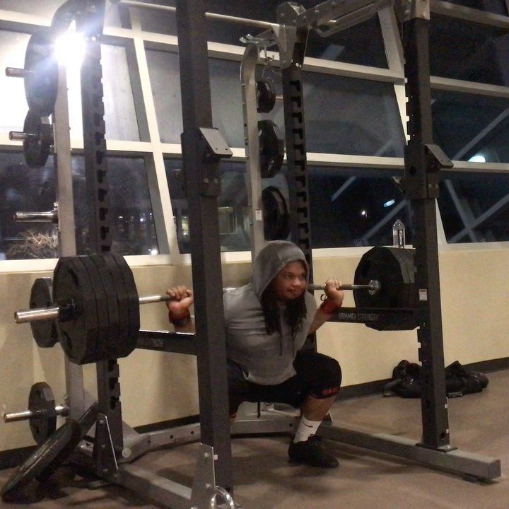495lbs x 4 reps @7🔥🔥🔥. Preparation is key. Always grinding 💪🏽. . . #fit #fitness #fitfam #gym #gymli...