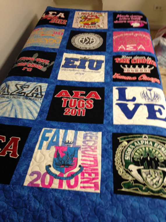 20 t Shirt Quilt Pattern for a twin bedPatchwork Quilt