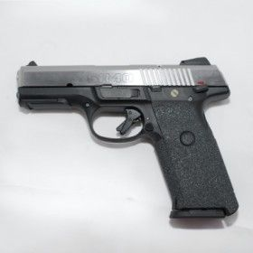 TALON grips for Ruger SR9c (Rubber Texture). Love Ben's. Find our speedloader now!  http://www.amazon.com/shops/raeind