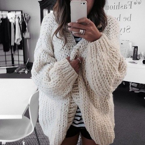 chunky white knit cardigan | Fashion: Comfort   Style | Pinterest ...