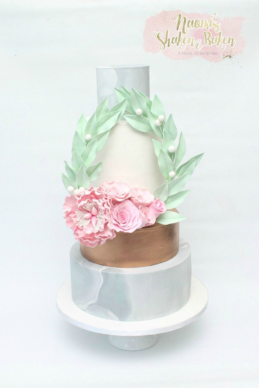 Commission display wedding cake wedding weddingcakes