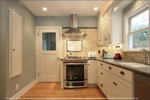 Ideal kitchen style - again, not sure about backsplash and dark trim ...