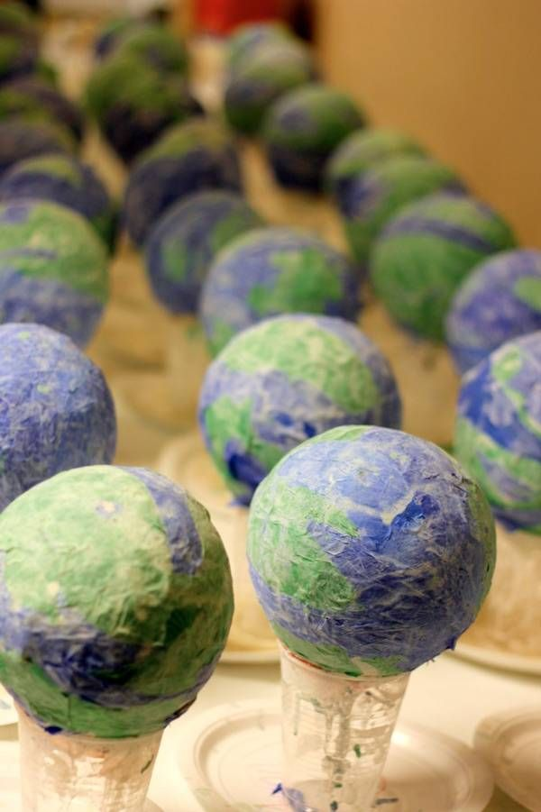 Celebrating Earth Day with Earth Day crafts for kids makes the day even more special!