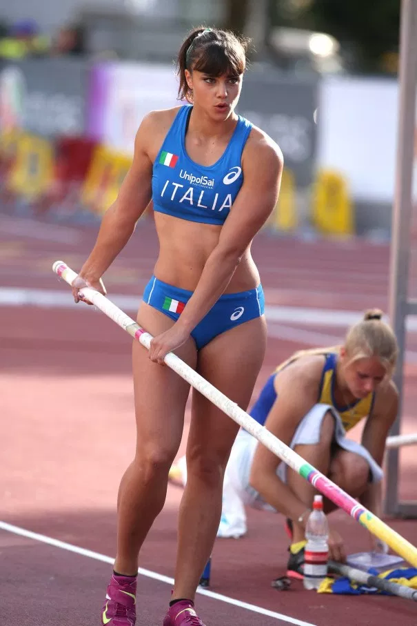 Women in sports, funny sexy image