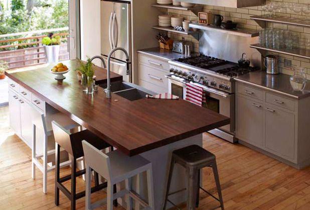 Kitchen With Slim Subway Tiled Backsplash With Ivory