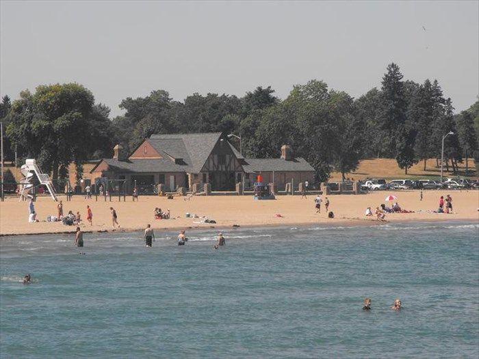 Simmons Island Beach House Kenosha Wi