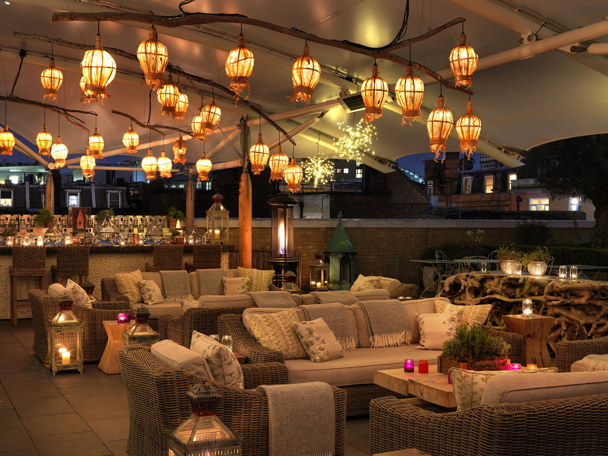 Hot Gin Roof Ham Yard Hotel Things To Do In London Ham Yard Hotel Ham Yard Hotel London Roof Terrace