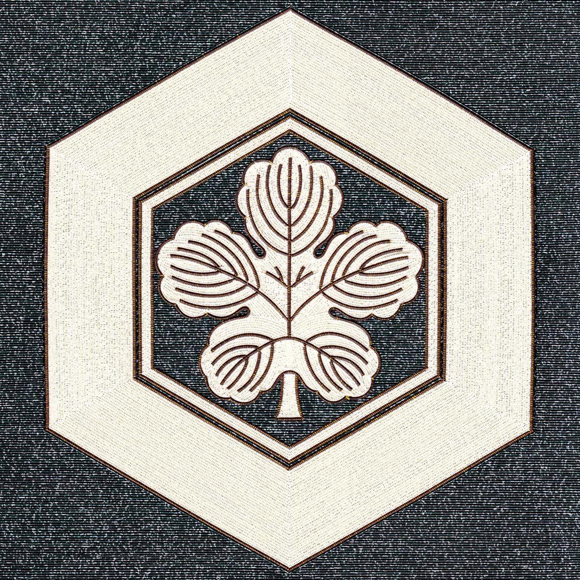 亀甲に梶の葉 家紋 シンボル 和柄